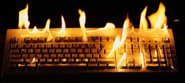 tastiera fiamme